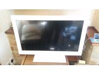 Toshiba 32 inch TV / DVD Combi