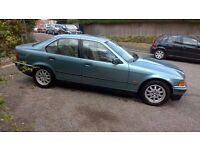 BMW 318 AUTOMATIC, UNIQUE MINT CONDITION, NEW MOT, FSH