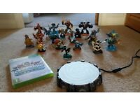 XBOX360 SKYLANDERS PORTAL, DISC AND FIGURES, SOME RARE! AS NEW