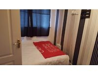 1 double room left for short term let