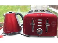 Breville 4 slice toaster & kettle RED