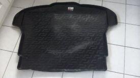 Honda CR-V boot liner