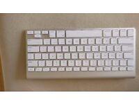 Apple Wireless Keyboard (1st Generation)