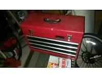 Halfords professional tool box