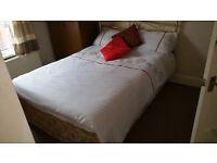 Double bed divan bed £49