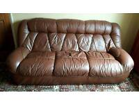 3 seater leather settee with 2 matching chairs
