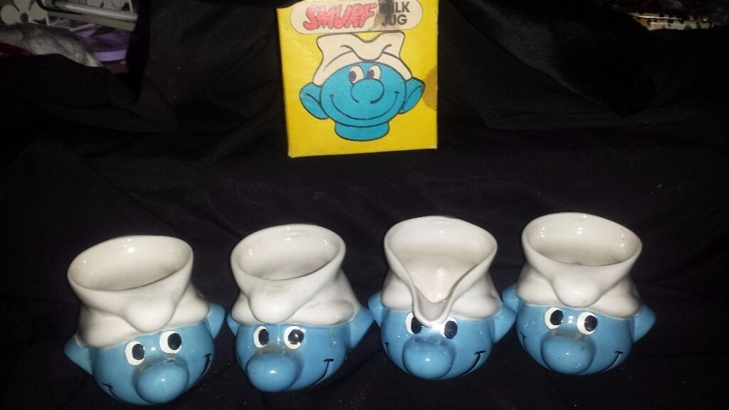 Origional retro smurf jug and 3 mugs rare to get 4 together read belwo see pics £40 for ALL 4