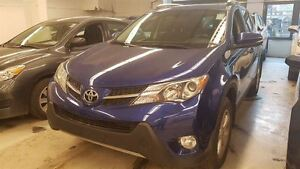2014 Toyota RAV4 XLE AWD MAGS + CAMERA + TOIT OUVRANT + SIEGES A