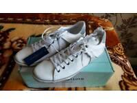 Henri Lloyd shoes. Size 8