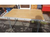 Gopak Contour Folding Table / desk