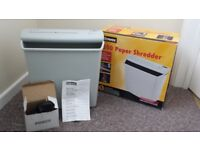 Fellowes P500 paper shredder / office supplies / stationary