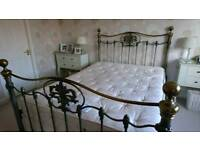 Kingsize metallic bedstead