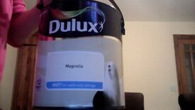 Dulux magnolia matt paint 2,5L