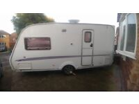 Swift Challenger 480 2berth caravan 2005 with motormover and awning,annexes