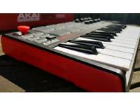 Keyboard pad controller
