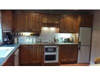 Solid pine kitchen incl appliances .9 x 12' approx.