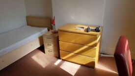 5 study bedroom house to let in Earlsdon next to bus routes 11 (U11) stop
