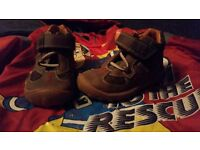 Boys clark shoes new 4F