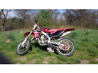 ****Crf250 2005 needs nothing, sell or swap for road quad****