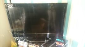 "32"" alba lcd tv with remote"