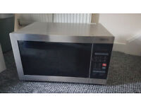 Large Powerful 900w Tricity Microwave