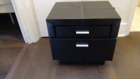 Leather Topped 2 drawer Bedside Tables (Pair)