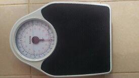 Salter analogue bathroom scales