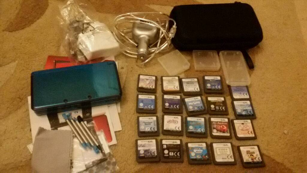 Blue 3ds with 20 games 2 chargers carry