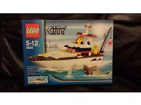 Lego 4642. Fishing boat. 2011. retired. new unused