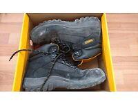 Dewalt steel toe boots size 9