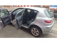 Alfa romeo 147 petrol hatch back 2003 silver 6 month MOT CLEAN RUNNER