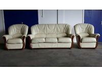 WHITE / CREAM LEATHER SET 2 SEATER SOFA / SUITE / SETTEE & 2 CHAIRS / ARMCHAIRS DELIVERY AVAILABLE