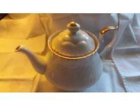Tea pot white with gold trim