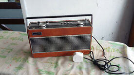 Retro Roberts Radio R900