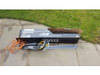 Titan TTB357GHT 60cm 550W 230V Corded Electric Hedge Trimmer - USED ONCE - £20.00 ono