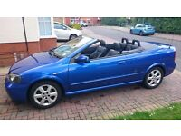 Vauxhall Astra Convertible 2004 blue