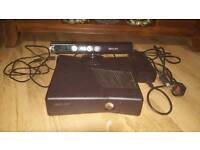 Xbox 360 slim 110GB great condition with Kinect