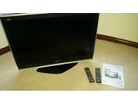 """Panasonic Viera 32"""" TV With Stand, Instructions and Remote [Including Spare]"""