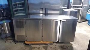 7 FT STAINLESS STEEL BEER COOLER  ( MINT CONDITION )