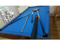 Billiard medium size good condition