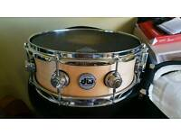 DW 13 x 5.5 collectors custom maple snare w. Case