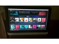 "22"" HP touchscreen PC electronic jukebox"