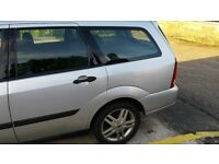 hi I have a 1600 focus estate cracking condition only selling as I have been given a works van