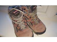 Size 13 girls Hi-tec walking/hiking boots