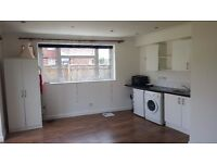 Fully furnished studio flat to rent
