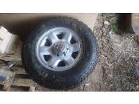 Mitsubishi l200 Wheels and tyres