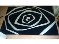 Arte Espina Optcal Art 100% Espirelle acrylic rug.