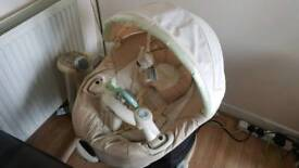 Graco Auto swing cloud 6 speed,mp3 connectivity, 15 songs etc RRP: £180 Beige big time saver