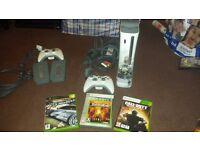 Xbox 360 final fantasy 13 edition 250gb hard drive 3 games plus extras.