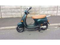 Piaggio ET4 vespa 50cc scooter.